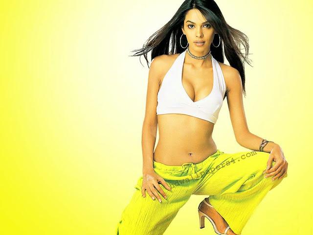 Mallika Sherawat Images, Hot Photos & HD Wallpapers