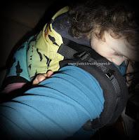 tula toddler préformé porte-bébé portage daydreamer winter solstice test avis détails tablier dimensions babycarrier babywearing