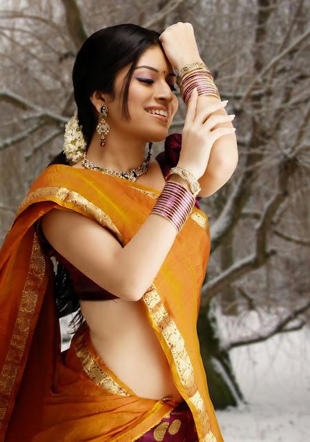 kannada film actress Neha Shetty in saree