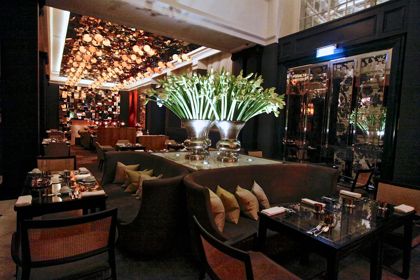 The London Foodie London Restaurant Reviews The Mirror Room