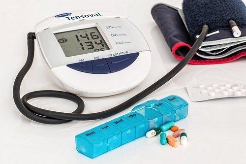 Alat Mengecek Tekanan Darah