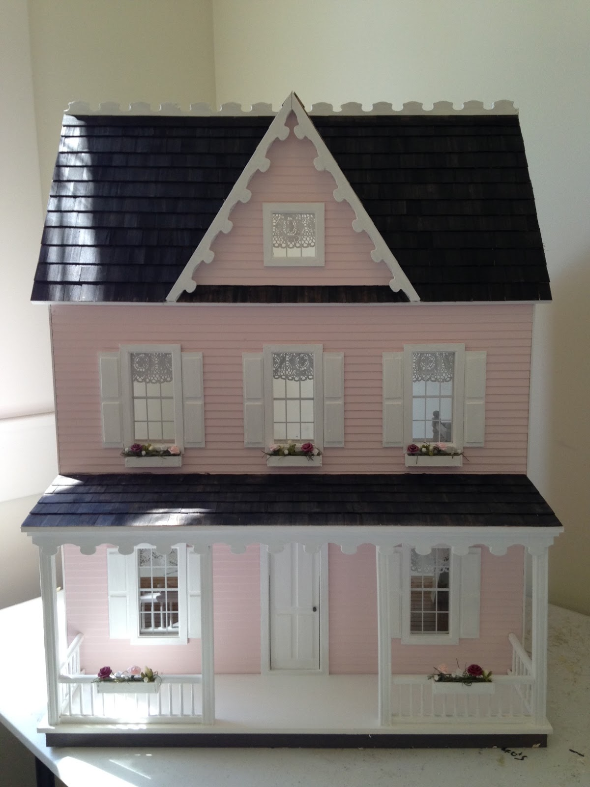 Heres Another Pink Vermont Farmhouse With Window Boxes