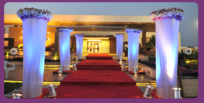 A WEDDING PLANNER: Indian Wedding Hall and Mandap Entrance ...