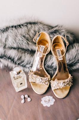 gold wedding heels details