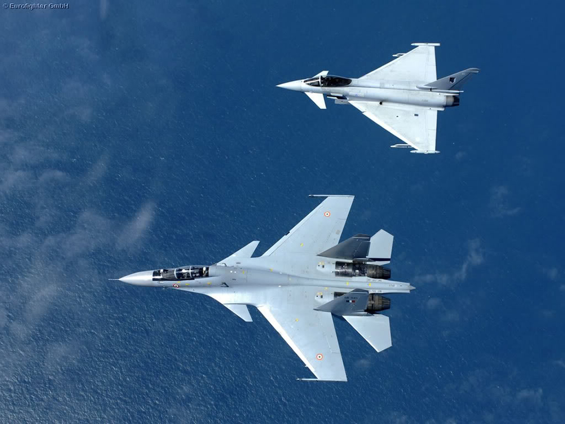 Typhoon vs Su-30