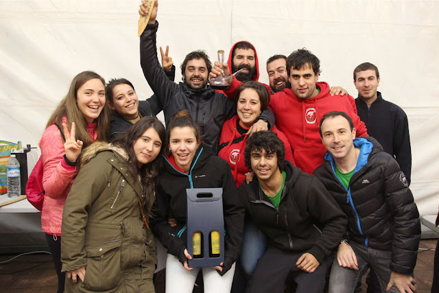 La comisión de fiestas de El Regato ha logrado el tercer puesto del concurso de alubias