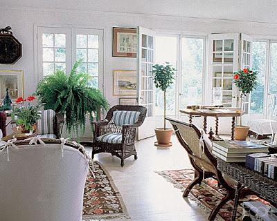 Phòng khách sang trọng, cổ điển và xanh mát