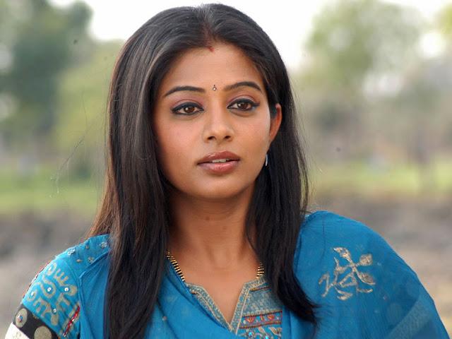 छेल्ला कॅटला दिवसोथी हुं तने प्रेम पत्रनी जेम वांचुं छु Gujarati Kavita By Naresh K. Dodia