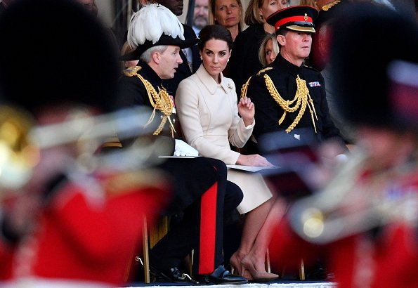 Kate Middleton, Catherine Walker coat, Gianvito Rossi pumps, Cassandra Goad cavolfiore pearl earrings, Mulberry clutch