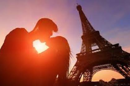 5 Destinasi Wisata Paling Romantis di Paris Wajib Anda Kunjungi