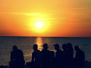 нудисты, нудистские пляжи, балеарские острова, хиппи, ивиса, виндсерферы