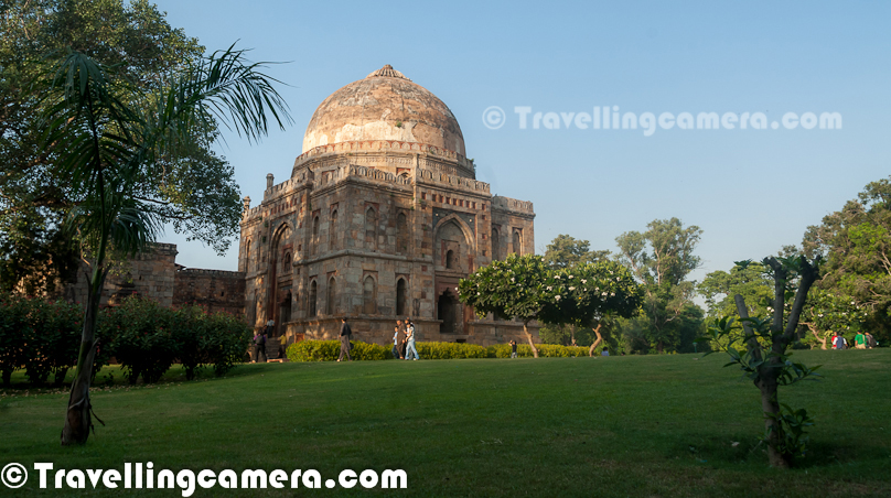 The tomb of Mohammed Shah is also present inside Lodhi Garden. Mohammed Shah was last of the Sayyid dynasty rulers and his tomb was built in 1444 by Ala-ud-din Alam Shah as a tribute to Mohammed Shah.