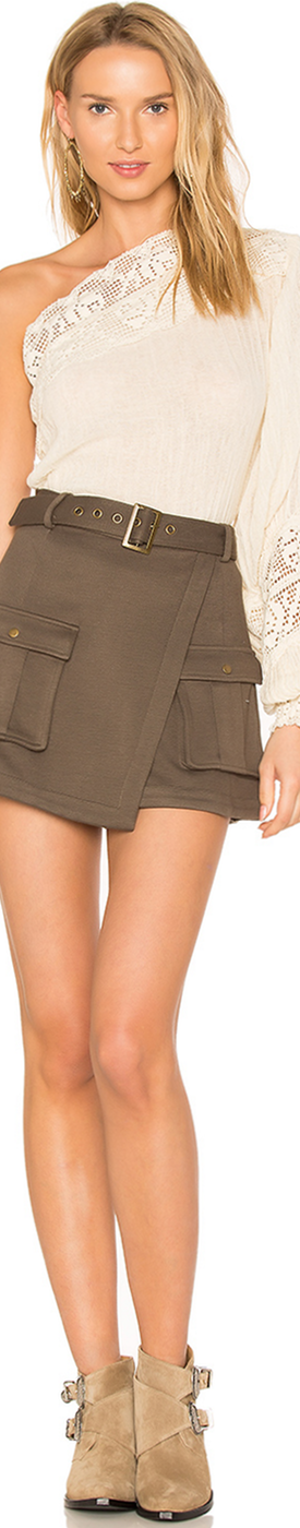 LOVERS + FRIENDS X REVOLVE TELLER SKORT