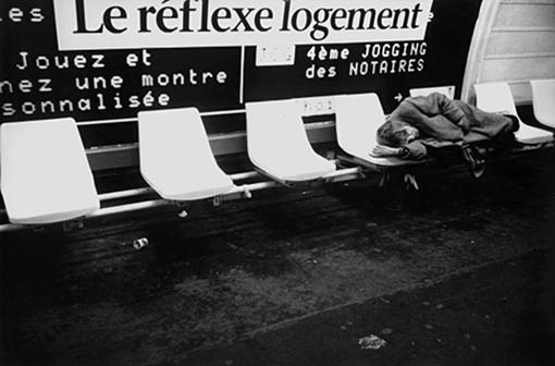 métro Palais-Royal jogging des notaires réflexe logement sans abri sdf sans domicile fixe dormir franck chevalier