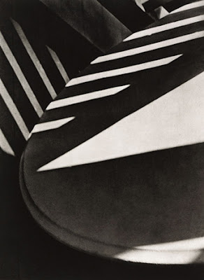 Paul Strand - Abstraction-porch-shadows,1917.