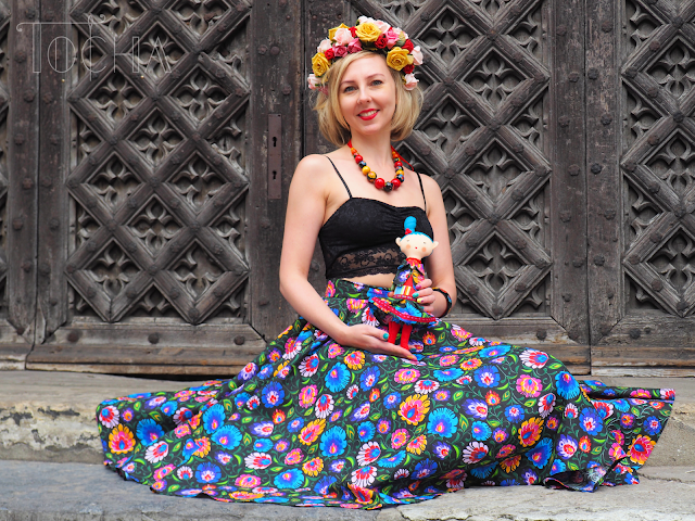 folk, folklor, Poland, Gdansk, holidays, skirt, double-circle, cotton, print, wycinanki, folk-inspired, flower crown,  Tocha's World, beads, necklace, decoupage, bracelet, pattern cutting, fashion, flowers,