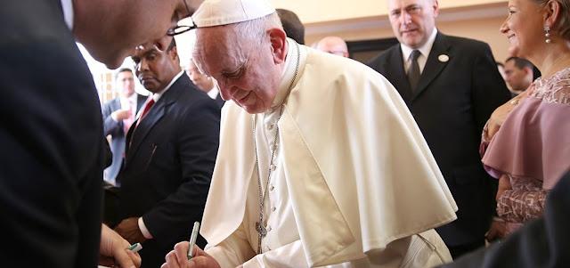 Papa expulsa cardeal acusado de abusos sexuais