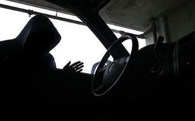 Δύο άτομα έκλεβαν αμάξια λουομένων στην Πλαταριά Ηγουμενίτσας