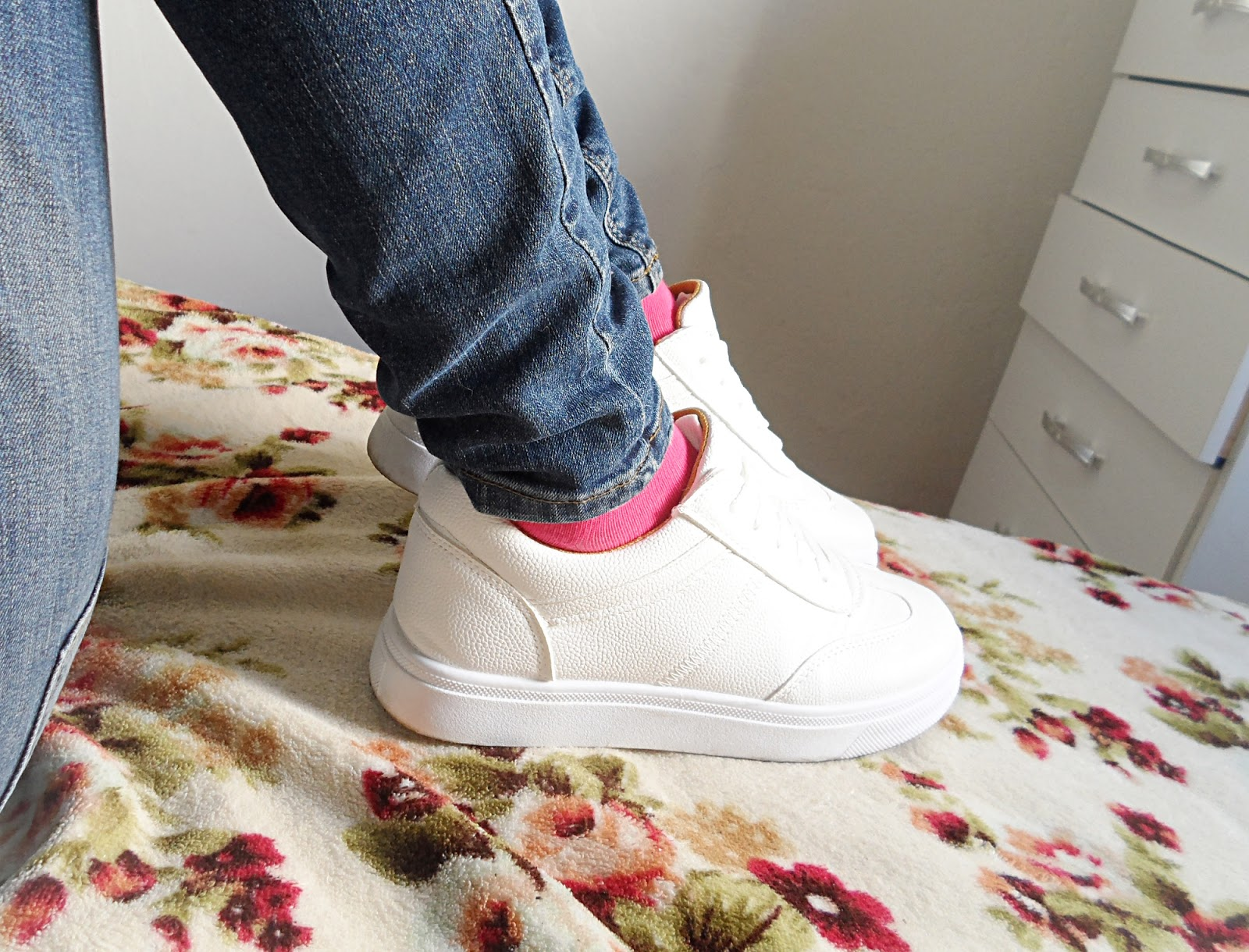 fblogger liz breygel shoe athletic review blogger pictures
