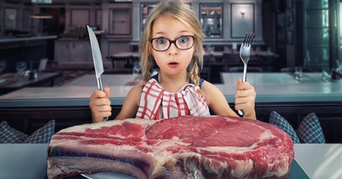 Resultado de imagem para comer carne