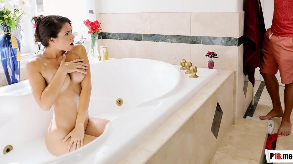 Free Streaming & Download BrazzersExxtra - Katana Kombat - Make Yourself Free-Useful XXX Porn Videos