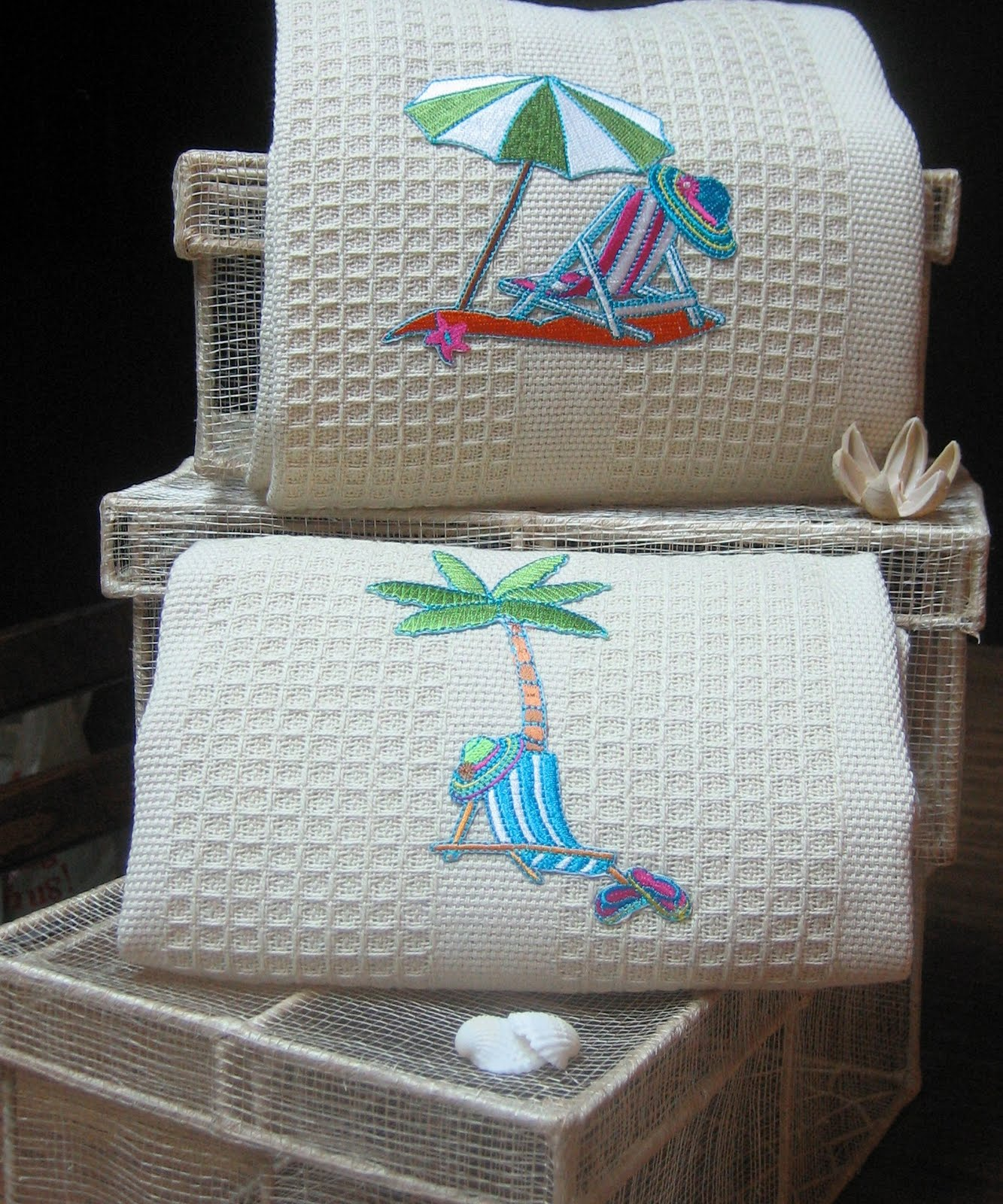 Baby Blue Kitchen Accessories: Elisa's Custom Creations: Beach Theme Decor
