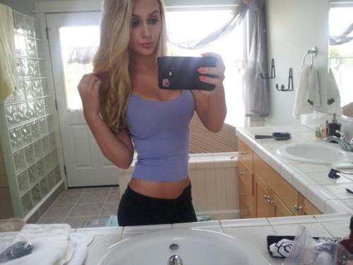 Alyssa-Cunningham-Selfie-On-Instagram-Pic