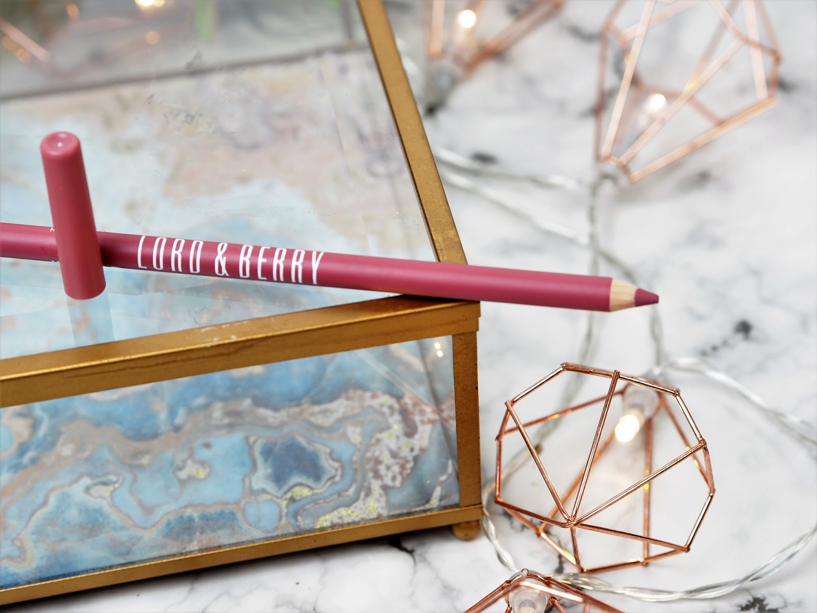 Lord & Berry Ultimate Lip pencil in Romantic Rose #3040