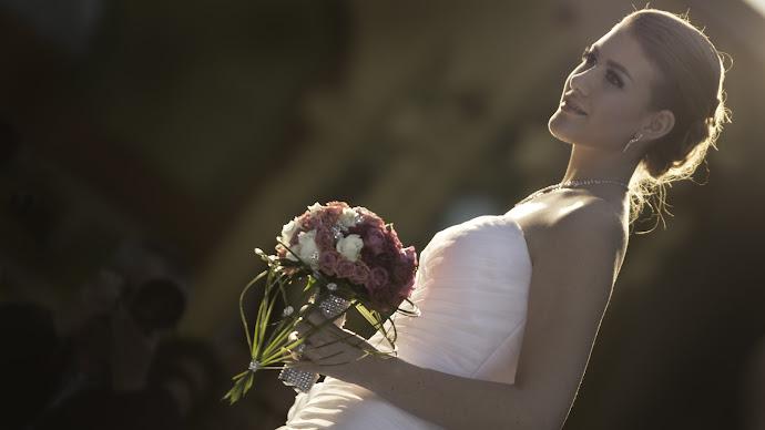 Wallpaper: Beautiful Bride