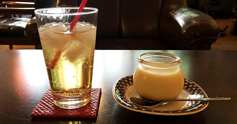 群馬県高崎市にあるギャラリーやライブスペースも催される隠れ家カフェ『SLOW TIME cafe』のちょっと大きいプリン
