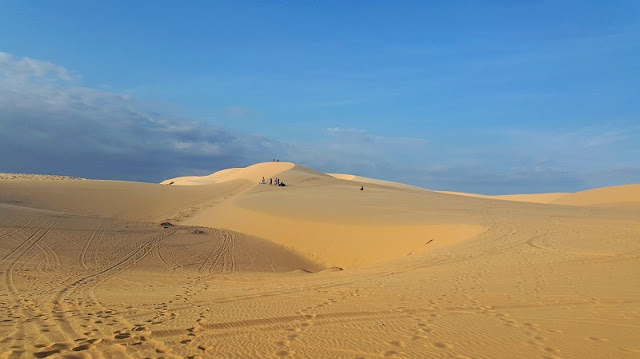 The Sand Dunes In Vietnam Is A-Must Place You Have To Visit