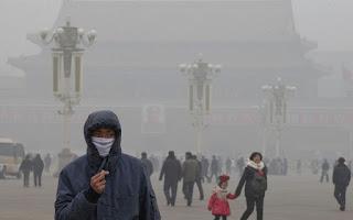 PEQUIM NO COMBATE À POLUIÇÃO