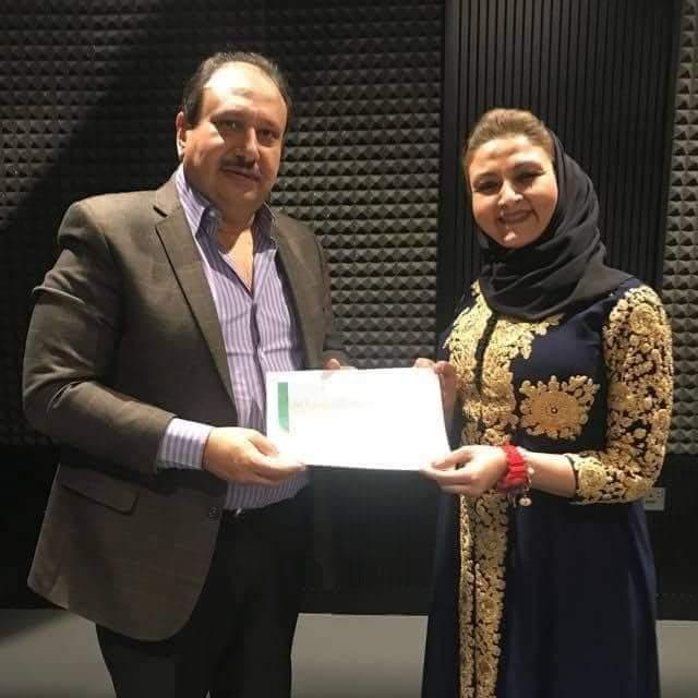 تكريم الفنانة سامية عبد المنعم في ورشة عمل للتمثيل والإخراج في دبي