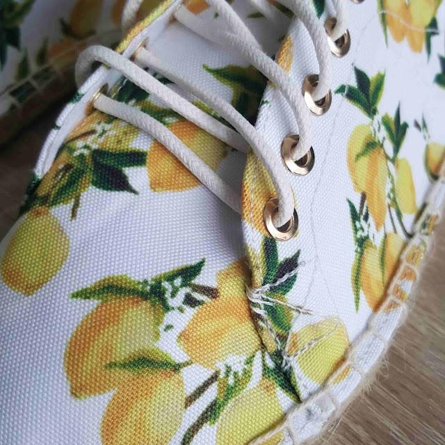espadrilles-chaussures-motif-citron