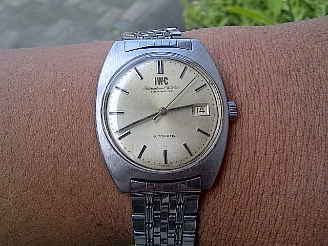 IWC International Watch Co SCHAFFHAUSEN Automatic Full Original. SATU LAGI JAM  KUNO KOLEKSI PRIBADI ... a3fdf83de5