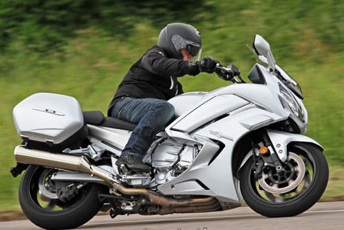 Yamaha FJR1300AS 2016 Test