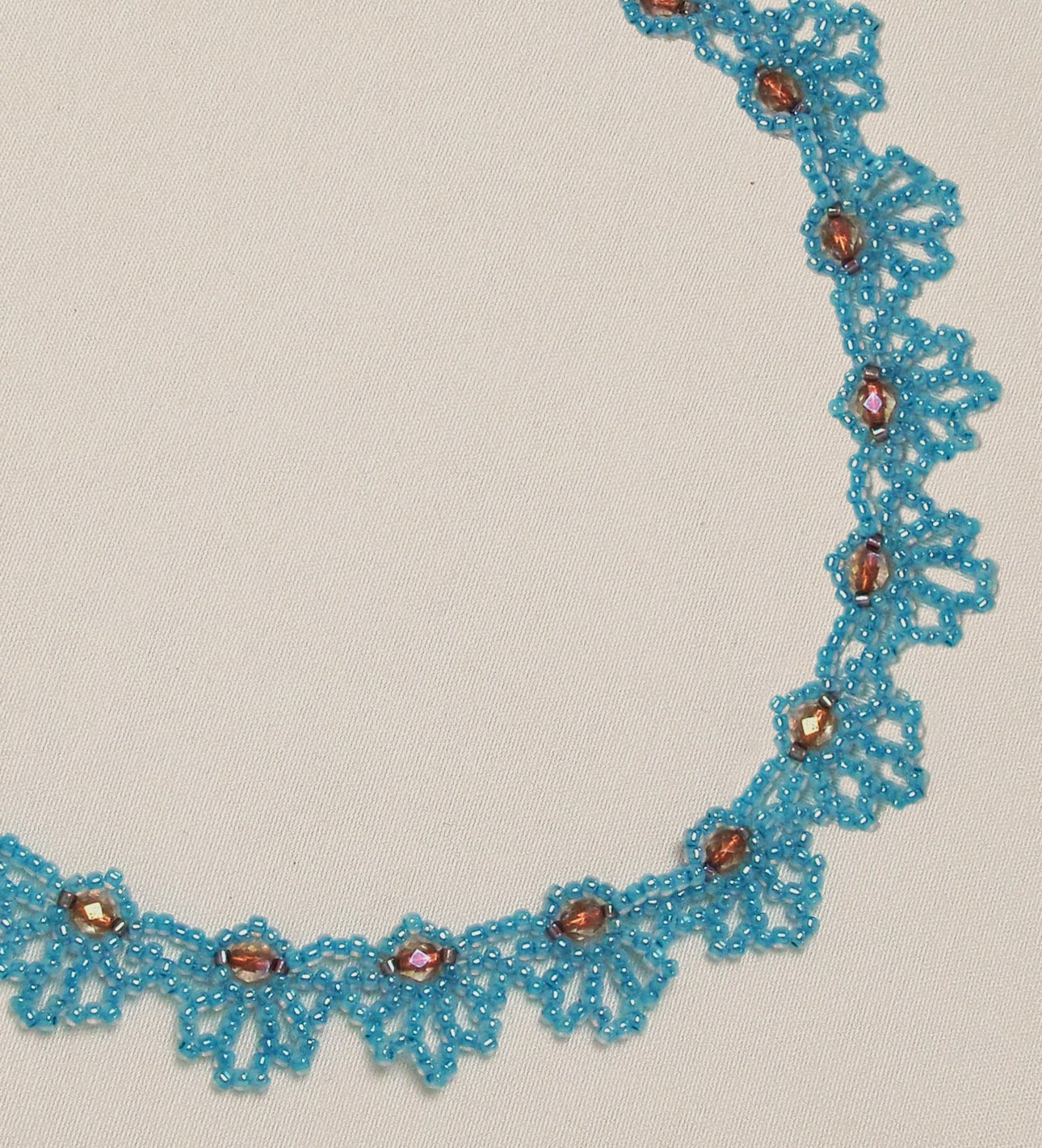 Free Bead Patterns And Ideas Blue Loops Necklace Free