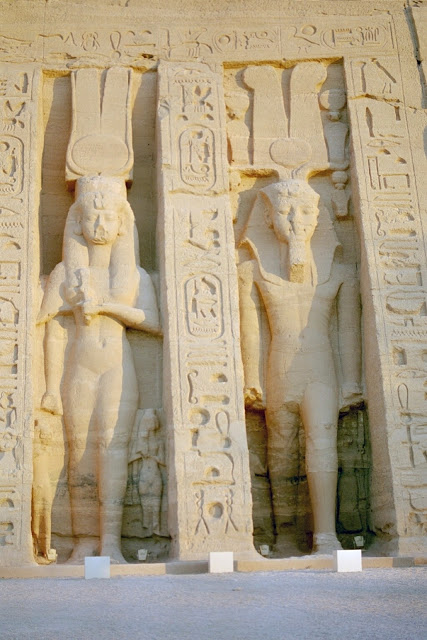Mummified remains identified as Egyptian Queen Nefertari