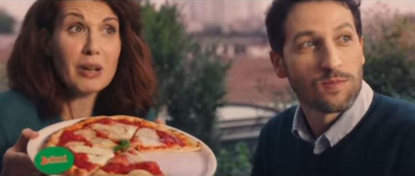 Canzone Buitoni pubblicità pizza bella napoli - Musica spot Dicembre 2016