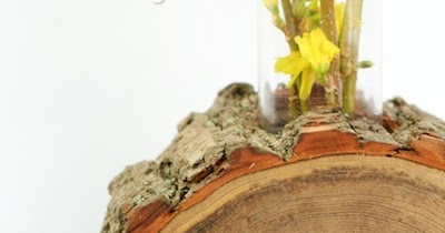 DIY Log Slice Vase with Spring Flowers