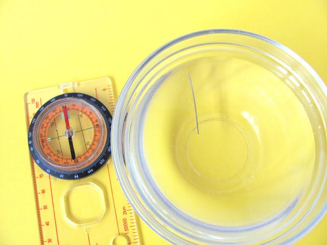 опыты с магнитами - компас из иголки