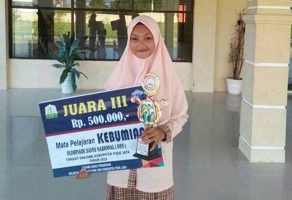 Penghargaan yang tinggi diberikan oleh pemeritah Provinsi Aceh 1 Juta Hadiah OSN SMA  2019 Tingkat Kabupaten Pidie Jaya : Bagaimana dengan kabupaten lain ?