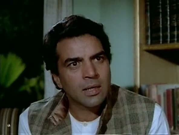 Screen Shot Of Hindi Movie Chupke Chupke 1975 300MB Short Size Download And Watch Online Free at worldfree4u.com