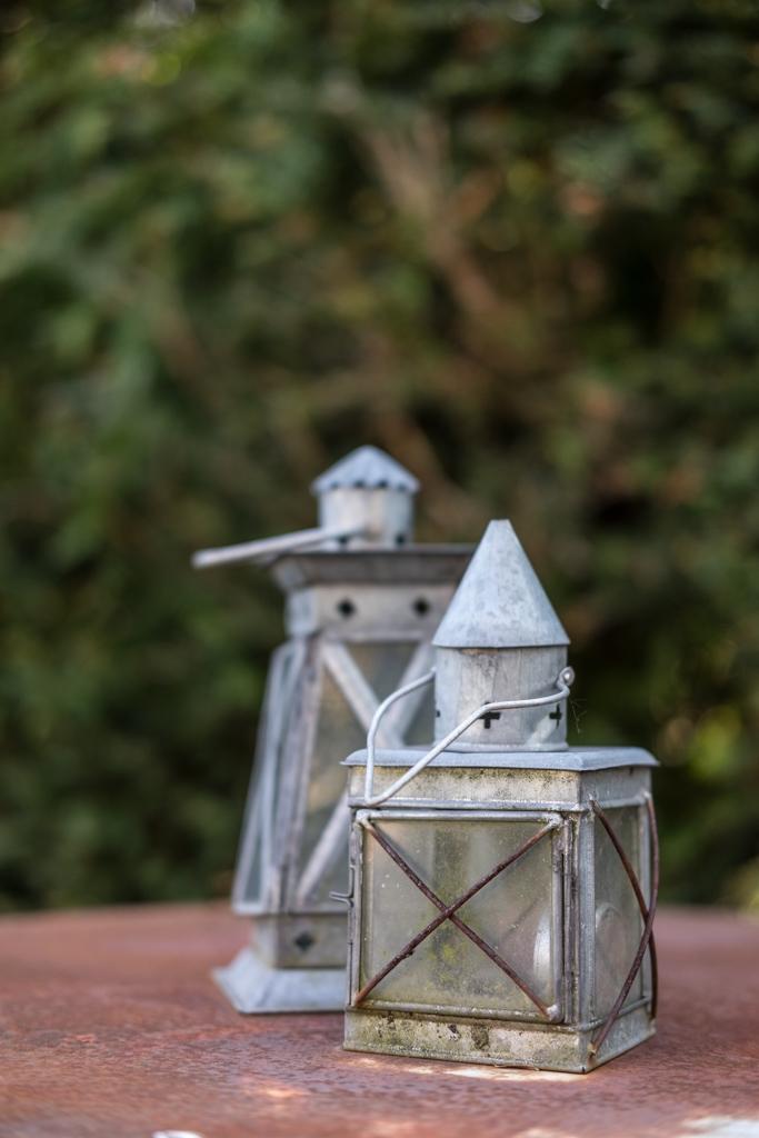 fim.works, ein Lifestyle Blog | Gartendeko, Laternen, Metalltisch