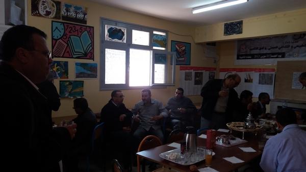 لقاء تواصلي بجماعة الممارسات المهنية الجزولي لتفعيل تدبير عتبات الانتقال بين المستويات والأسلاك التعليمية بالمديرية الاقليمية بتيزنيت