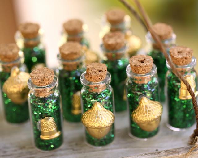 bride+groom+peter+pan+themed+neverland+wedding+tinker+bell+fairytale+princess+wendy+darling+captain+hook+fairy+dust+green+rustic+andy+sams+photography+1 - Neverland