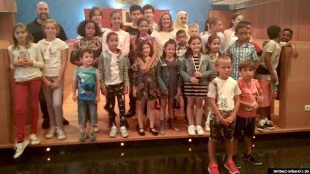 Recepción en el Ayuntamiento a los niños acogidos en verano por familias barakaldesas