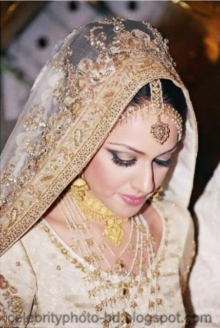 Pakistani Girls in Weddings and Bridal Dressing Latest New Collection