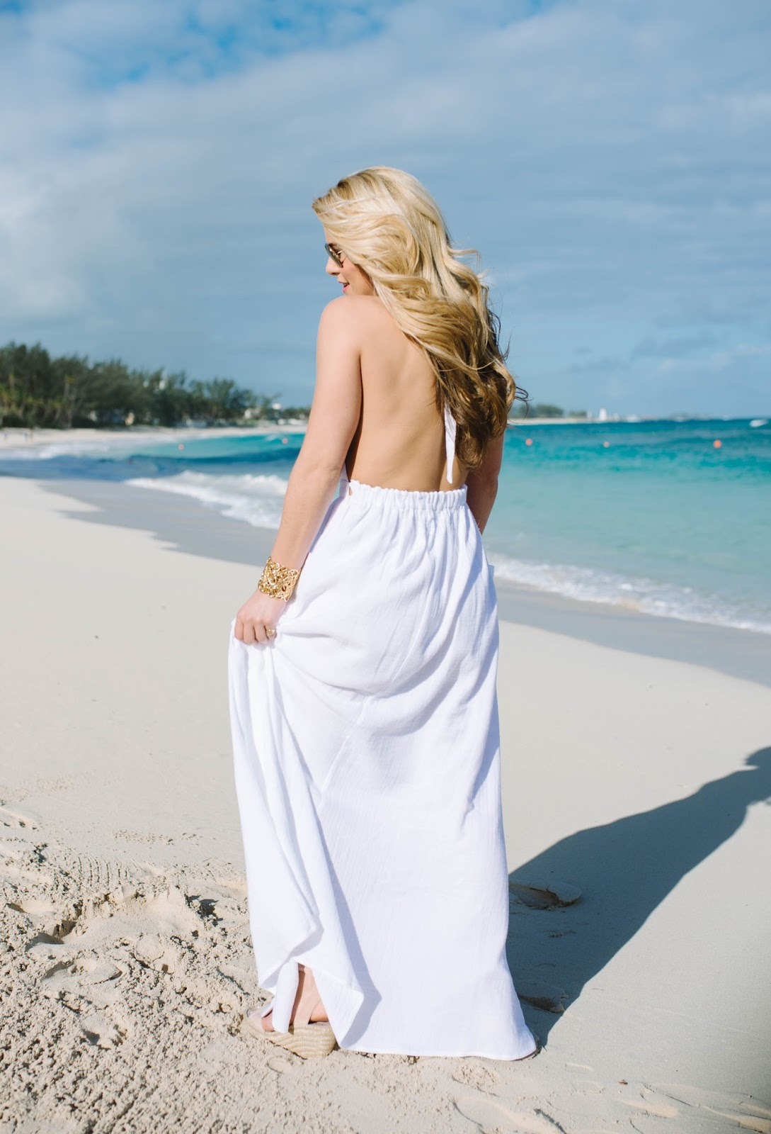 3 Home Decor Trends For Spring Brittany Stager: Summer Wind: Stunning White Backless Maxi Dress
