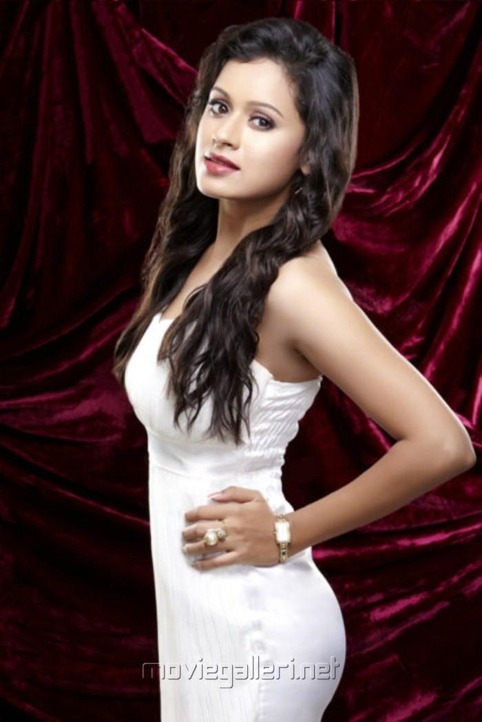 Ishana Photoshoot Hot Yuvika Chaudhary Jeans